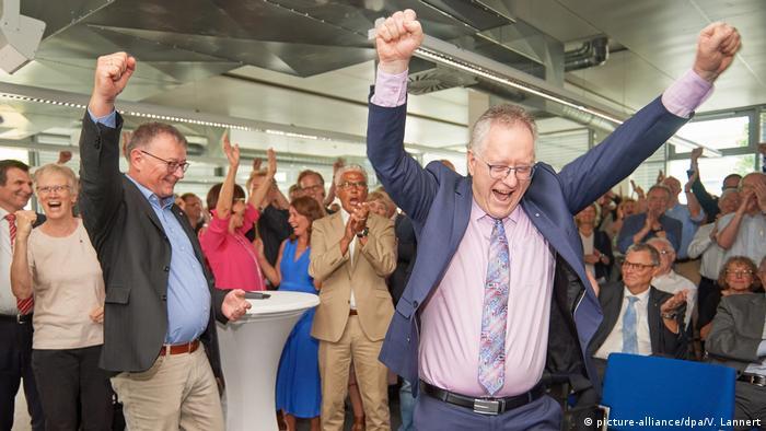 Deutschland | Bonn darf sich «Exzellenzuni» nennen (picture-alliance/dpa/V. Lannert)