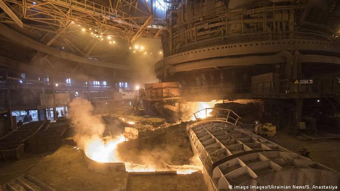 З 2026 року виробникам сталі в Україні, ймовірно, доведеться платити вуглецеве мито за експорт до ЄС