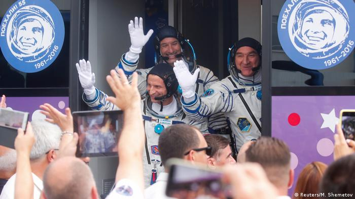 Astronauts heading to the ISS (Reuters/M. Shemetov)