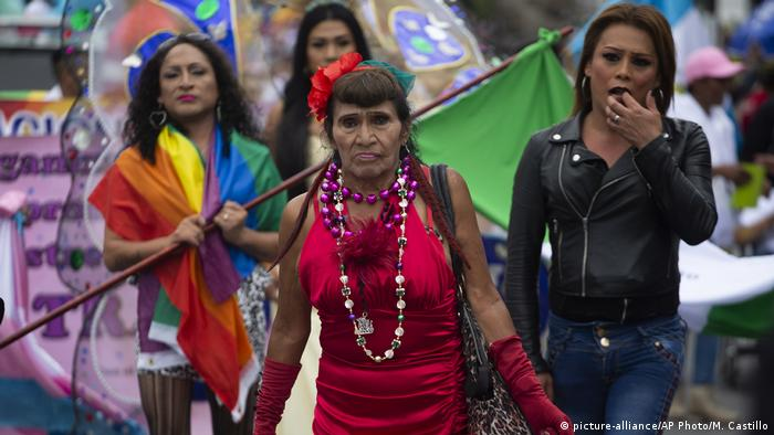 Guatemala Gay Pride in Guatemala City (picture-alliance/AP Photo/M. Castillo)