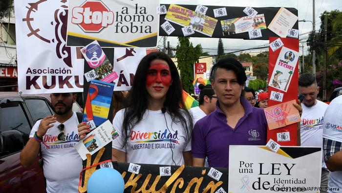 LSBTI-Aktivismus in Honduras (Getty Images/AFP/O. Sierra)