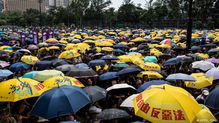721香港游行占领金钟 港府如临大敌