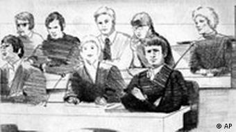 Σκίτσο από τη δίκη των Μπάαντερ, Μάινχοφ και Ένσλιν το 1975