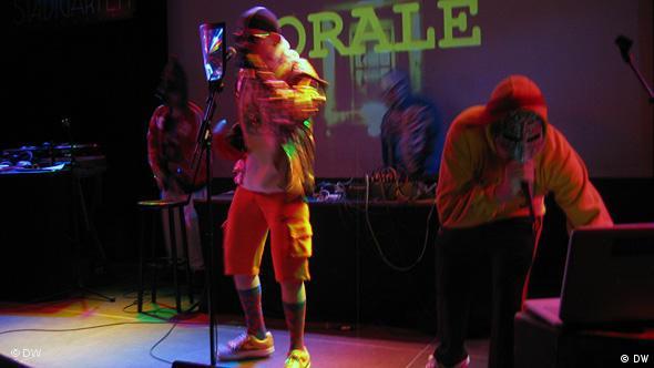 Выступление Dirty6 в кёльнском клубе Stadtgarten в сентябре 2009