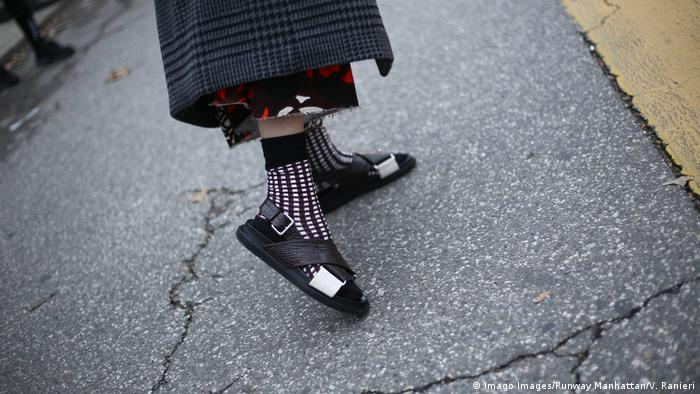 Adidas Schuh Socken Fotos | imago images