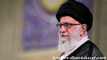 Iran Teheran | Ayatollah Ali Khamenei spricht zu iranischen Geistlichen