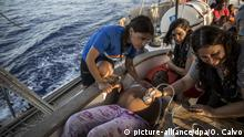 Seenotrettung Flüchtlinge Schiffbrüchige Lebensrettung