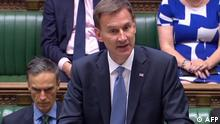 London, Jeremy Hunt spricht im Parlament