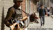 Indische Polizisten in Kaschmir