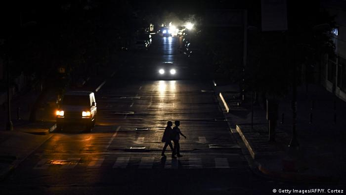 Venezuela | Blackout | Stromausfall (Getty Images/AFP/Y. Cortez)