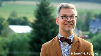 Полският писател и художник Яцек Денел