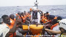 Italien Sea-Watch 3 vor Lampedusa