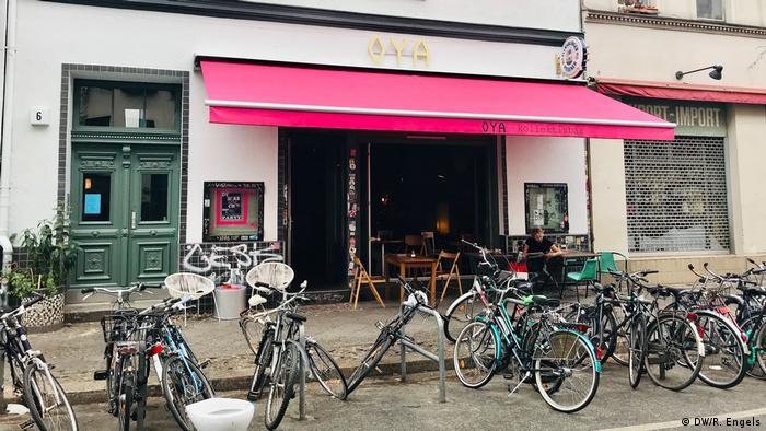 Extrior of the OYA Bar in Berlin (DW/R. Engels)
