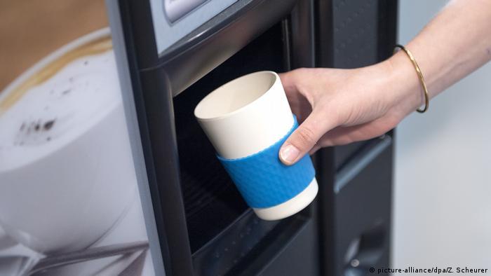 Деякі кафе роблять ставку на концепцію to go, але вона не здатна покрити всі витрати