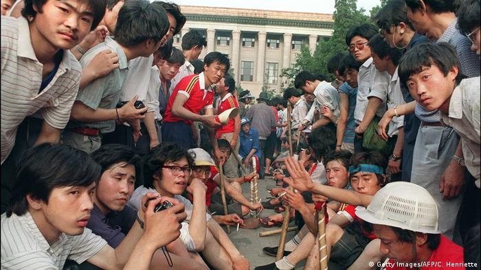 China Studenten Proteste 1989 in Beijing (Getty Images/AFP/C. Henriette)