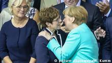 Einschwörung Berlin AKK Angela Merkel