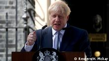 UK Boris Johnson hält Rede vor Downing Street