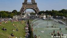 Frankreich Hitzewelle | Abkühlung am Trocadero, Paris