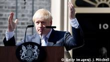 UK Boris Johnson tritt in die 10 Downing Street ein