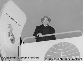 Horkheimer retorna do exílio