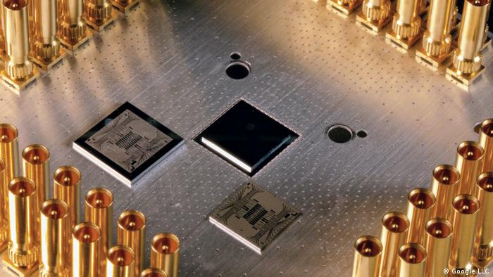 Computer chip Google Quantum Dream