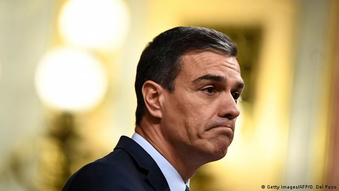 Spanien Madrid | Pedro Sanchez hält Rede im Parlament (Getty Images/AFP/O. Del Pozo)