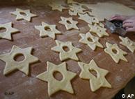 Estrela é um ícone do cristianismo espelhado até nos doces de Natal