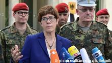 Verteidigungsministerin besucht Einsatzführungskommando