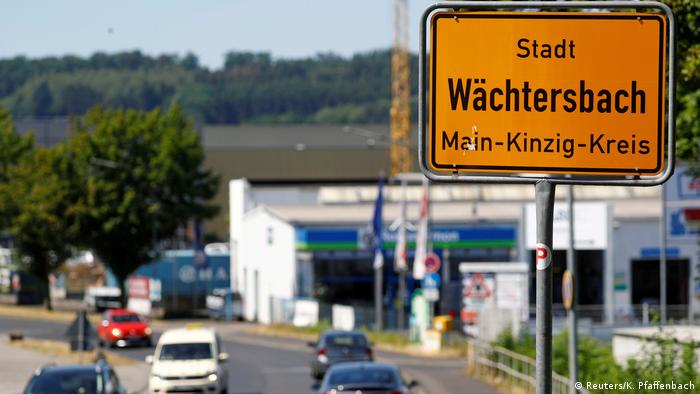 A sign at the entrance to the town of in Wächtersbach