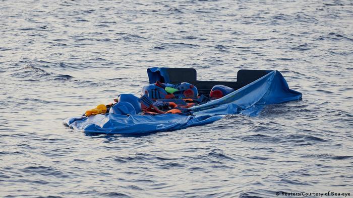 Schiffsunglück vor Küste in Libyen (Reuters/Courtesy of Sea-eye)
