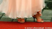 Schuhe von Angela Merkel Eroeffnung Wagner-Festspiele Bayreuth 2005 | Verwendung weltweit
