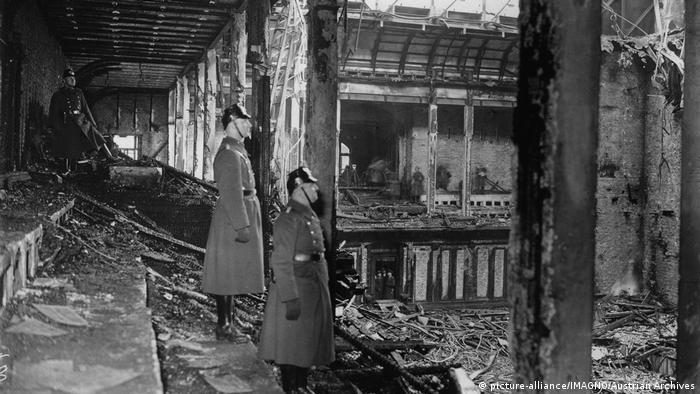 Dvorana parlamenta nakon paljevine 1933.