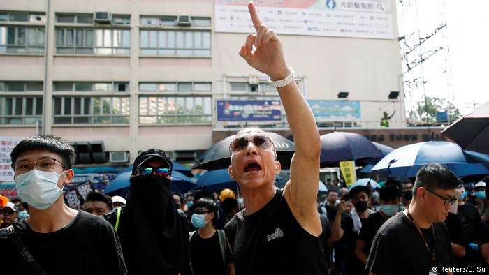 Hongkong Protest in Yuen Long (Reuters/E. Su)