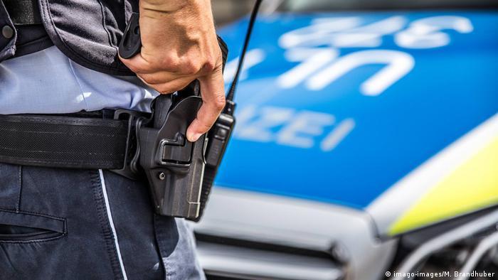 Berlin: German police carry out massive human trafficking raids