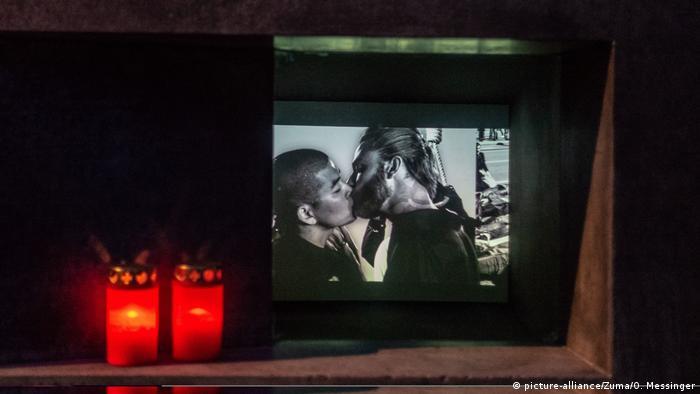 Berlin Denkmal für die im Nationalsozialismus verfolgten Homosexuellen