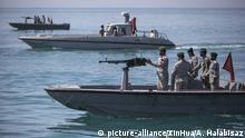 Iranische Soldaten in der Straße von Hormus