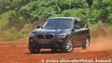A view of BMW X3 sDrive20i car variant in Serpong, Tangerang, Banten, on March, 20,2019. BMW Indonesia launched the second variant of the BMW X3 sDrive20i, with a sporty appearance, lightweight chassis technology, which offers efficient fuel consumption and low carbon emissions by driving two wheels and is attracted by markets in Asia, especially Indonesia. (Photo by Dasril Roszandi/NurPhoto)   Keine Weitergabe an Wiederverkäufer.
