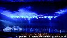 ABD0021_20190728 - SALZBURG - ÖSTERREICH: Bühnenszene am Montag, 22. Juli 2019, während der Fotoprobe zur Oper Idomeneo von Wolfgang Amadeus Mozart, die am 27. Juli 2019, im Rahmen der Salzburger Festspiele in der Felsenreitschule Premiere hat. - FOTO: APA/BARBARA GINDL - 20190722_PD10000 |