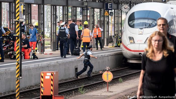 Investigators at the scene of the Frankfurt murder