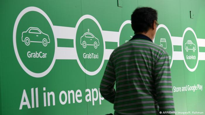 Personentransport in Singapur von Toyota/Grab (AFP/Getty Images/R. Rahman)