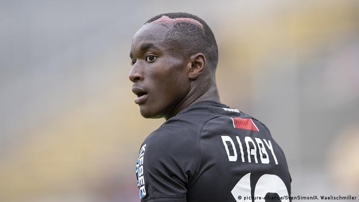 Fussball Testspiel | Wuppertaler SV - Bayer 04 Leverkusen 0:4 - Moussa Diaby (picture-alliance/SvenSimon/A. Waelischmiller)