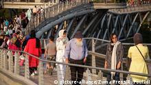Iran Teheran | Kopfbedeckung in der Öffentlichkeit