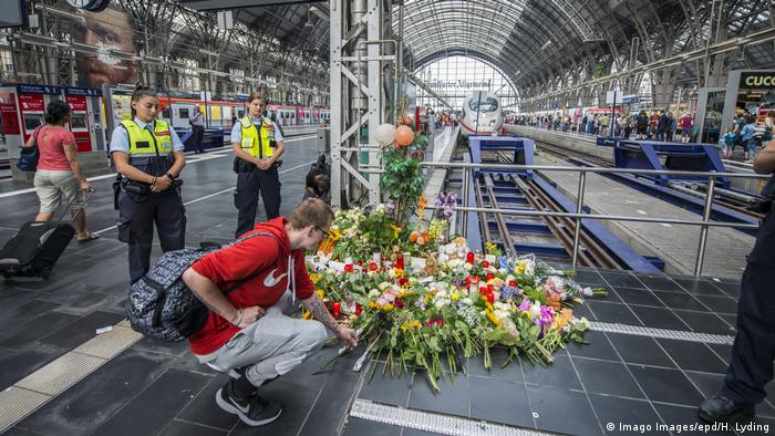 Deutschland Attacke im Frankfurter Hauptbahnhof