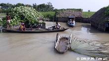 Titel: Überschwemmung Indien Schlagwörter: Überschwemmung, Indien, Assam, Wasser Rechte: DW/P.M. Tewari (Korrespondent)
