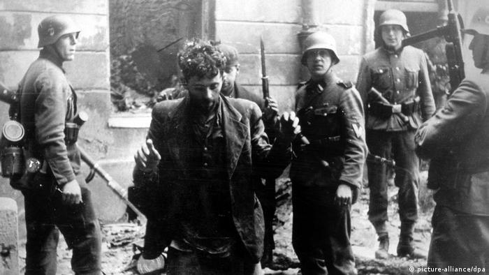Восстание в Варшавском гетто. 1943 год