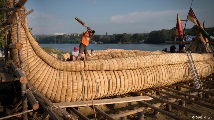Bulgarien - Archeologe plant Meeres-Reise mit Schilfbooten
