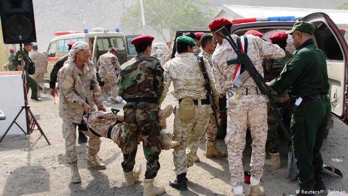 Jemen Anschlag auf Polizeikräfte in Aden (Reuters/F. Salman)