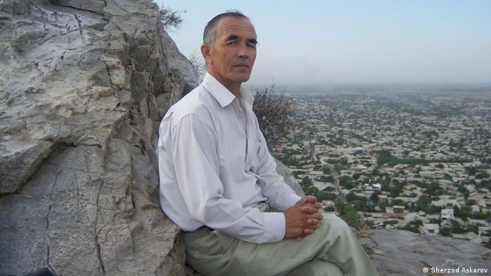 Azimzhan Askarov, Journalist