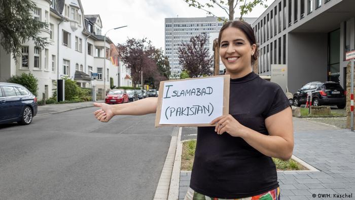Bonn   für Galerie - Generation Trampen (DW/H. Kaschel)