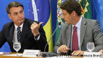 Bolsonaro y su ministro de Medio Ambiente, Ricardo Salles.